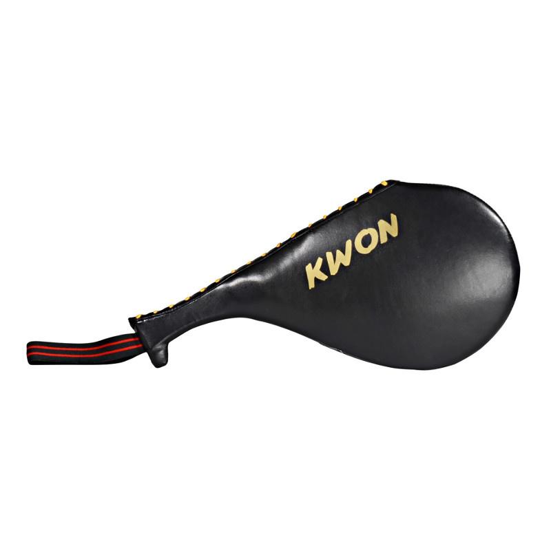 KWON sparkepude (Skinke/kotelet) - Dobbelt - KWON sparkepude (Skinke/kotelet) - Dobbelt Sparkemål til en god pris lavet af syntetisk læder i udtryksfuldt look og design. Dette dobbeltsidet mål er ideelt til at øve høje og lave spark. Forbedre din hastighed, nøjagtighed og styrke. Et fantastisk mål a